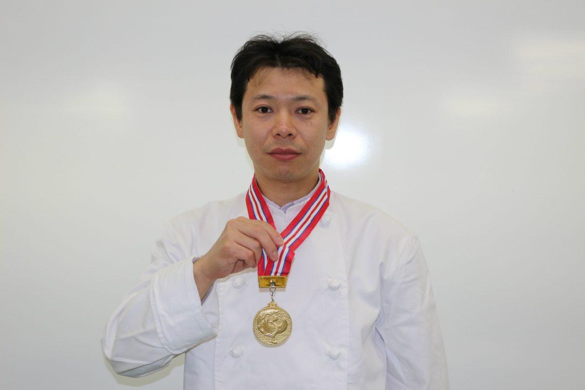 卒業生が金賞・農林水産大臣賞を受賞!